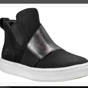 NIB Timberland Londyn Chelsea Pull On Sneaker